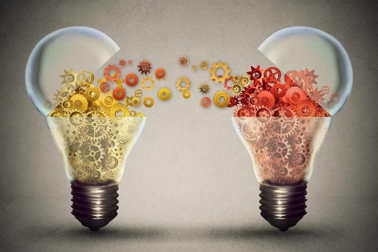 تبادل اطلاعات و اشتراک گذاری ایده ها