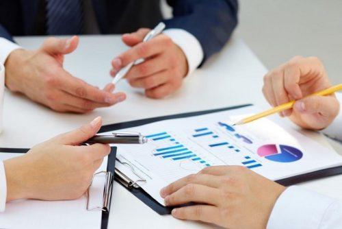 ارزیابی پیمانکاران شرکت کننده در مناقصات پروژه چگونه انجام میشود؟