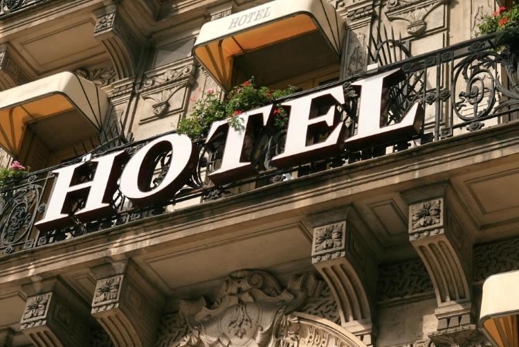 در چه شهرهایی ساخت هتل توجیه پذیر است؟