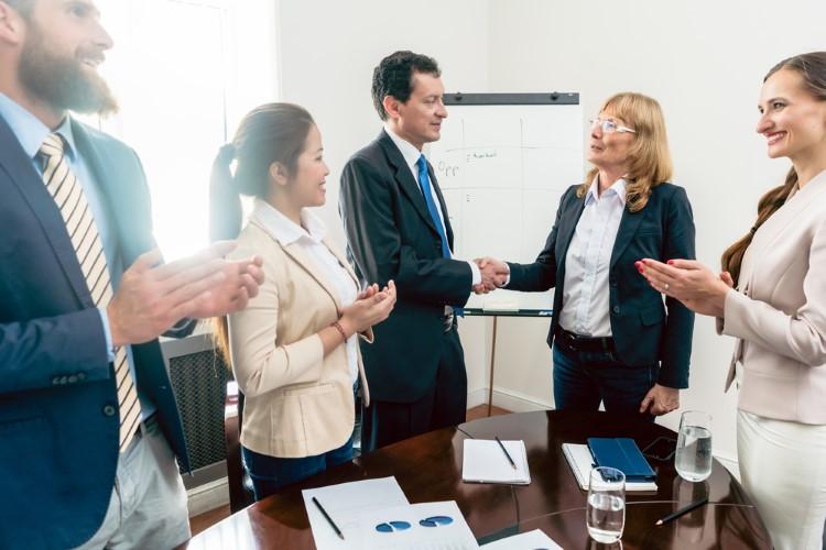 تصویر از مدیریت ذینفعان پروژه چه مزایایی دارد و ذینفعان چه کسانی هستند؟