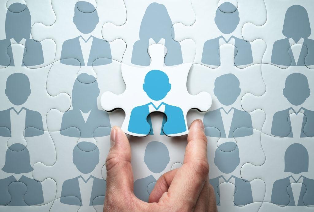 کنترل پروژه چیست و متخصص کنترل پروژه یا مدیر پروژه چه وظایفی دارد؟